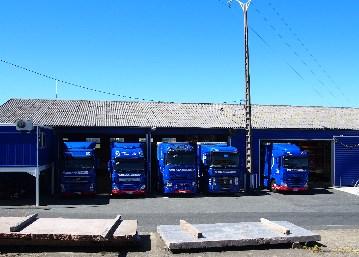 Transports MARTY, quai de chargement à Lacrouzette (Proche Castres), Tarn.